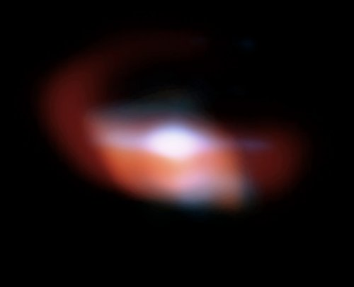 Infrared color image of the disk surrounding L2 Pup